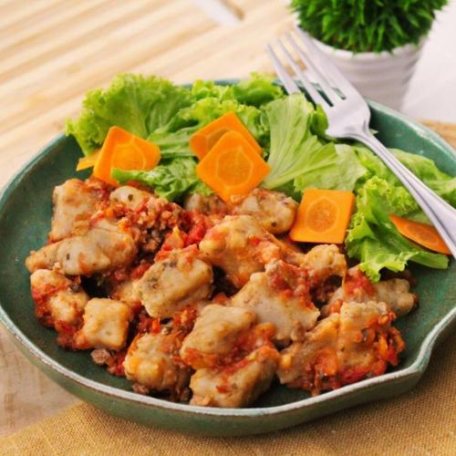 Nhoque de batata doce orgânica à bolonhesa com tomate fresco orgânico