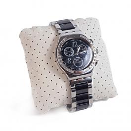 Relógio Swatch Irony | Caixa cravejada com strass | Pulseira com detalhes em preto - frente
