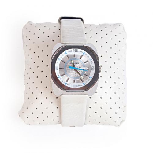 Relógio Diesel DZ5119 | Pulseira em couro branco - frente