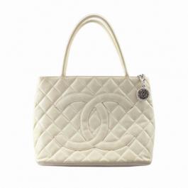 Bolsa Chanel Medallion Couro Caviar Creme | Luxo | Sonho | Chique