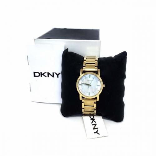 Relógio DKNY Feminino Delicado Pequeno Dourado