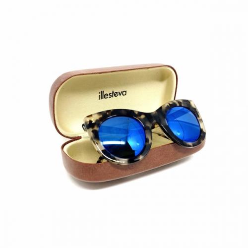 Óculos Illesteva Gatinho Lente azul espelhada | Feminino | Oncinha