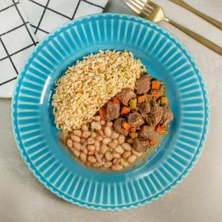 Marmita Fit | Picadinho de Carne com Arroz Integral e Feijão