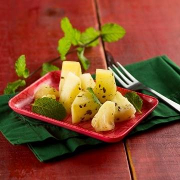 Abacaxi com hortelã e linhaça dourada