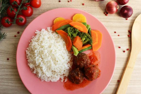 Almondegas, Arroz e Legumes da Maddas